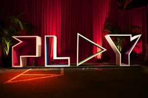 Play sign by Scott Schiller on Flickr